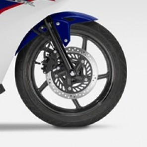 CBR125R FRONT FENDER. (BLUE, RED & WHITE) *NH196* | Genuine Honda |  61100KPPT00ZB |